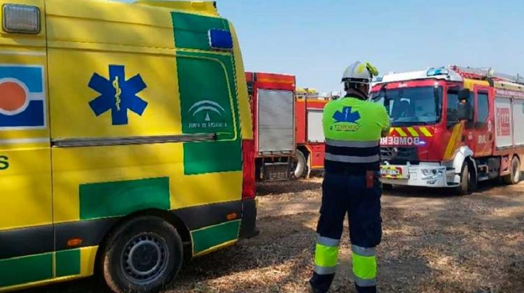 Cuatro bomberos atendidos tras sufrir un golpe de calor