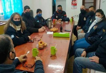 Autoridades de la Federación visitaron el cuartel de Doblas