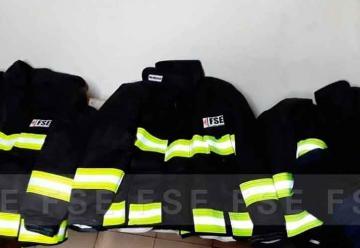 Bomberos de San Enrique con nuevos equipos de protección