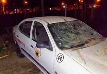 Destrozaron un auto de los Bomberos Voluntarios de General Acha