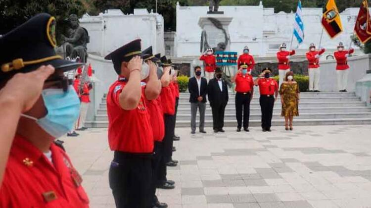 Bomberos de Guayaquil conmemoraron sus 185 años de vida