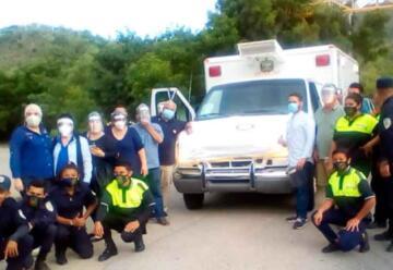 Entregan ambulancia al cuerpo de Bomberos de Ocotal