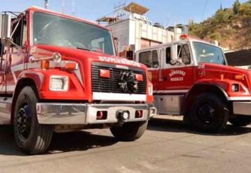 Lanzan huevos a bomberos de Nogales cuando atendían servicio