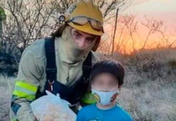 Córdoba: Niño gastó sus ahorros en criollitos para los bomberos