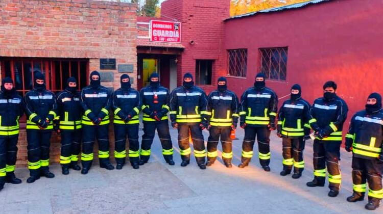 Bomberos de La Cumbre con nuevos equipos de protección personal
