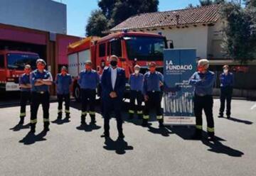 Fundación Patrimoni entrega un camión a los bomberos voluntarios
