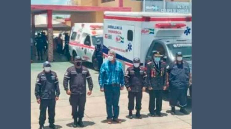 Bomberos de Mara reciben 2 ambulancias para traslados de pacientes