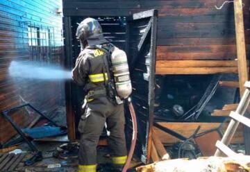 Incendio deja a una voluntaria de bomberos lesionada