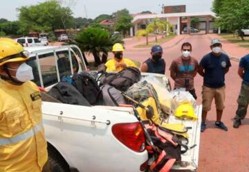 Entregan herramientas a los bomberos en Urubichá