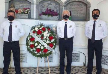 Bomberos de Temuco rindió homenaje a sus camaradas fallecidos