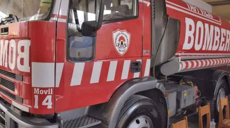 Donan un Camión Cisterna a los Bomberos de Tafí Viejo