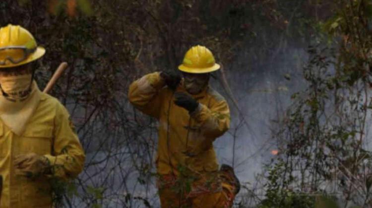 Algunos bomberos no consiguen permiso laboral
