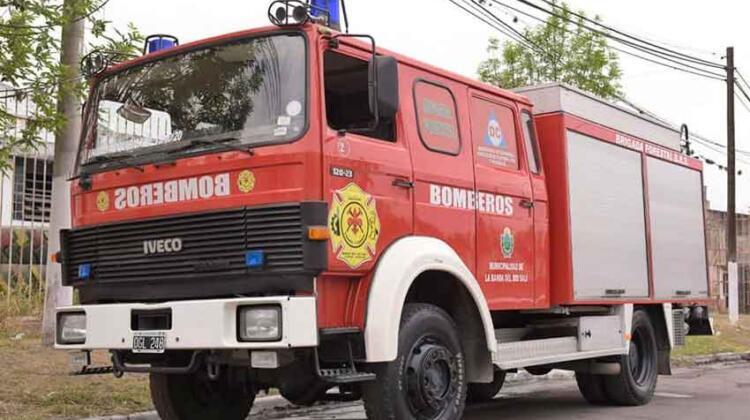 Bomberos de Banda del Río Salí recibieron una nueva autobomba