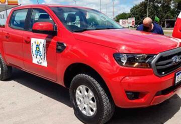Bomberos Voluntarios de Rojas adquirió camioneta