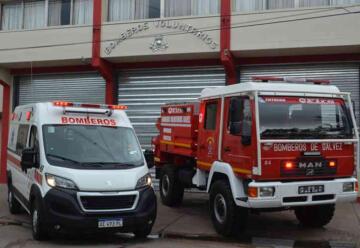 Bomberos de Gálvez presentó dos nuevas unidades