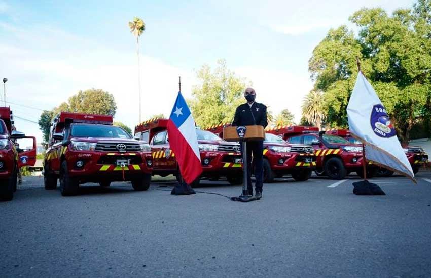 Nuevas camionetas multipropósito para Bomberos de Ñuble