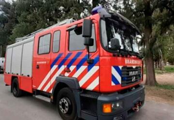 Bomberos Voluntarios de Carcaraña con nuevo autobomba