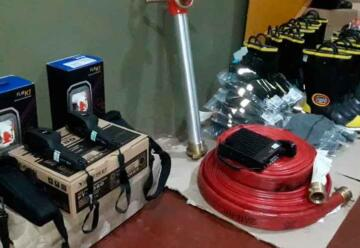 Bomberos recibieron nuevo equipamiento adquiridos a través de subsidio nacional
