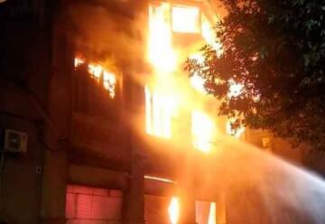 Bomberos de Colón colaboraron en incendio en Paysandú