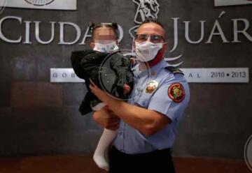Bombero juarense salva a niña de morir asfixiada