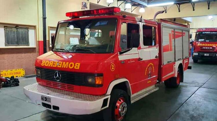 VENTA: Autobomba Mercedes Benz 914