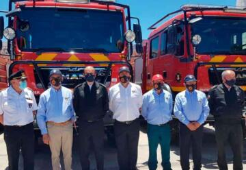 Bomberos de Los Ríos con nuevos carros forestales