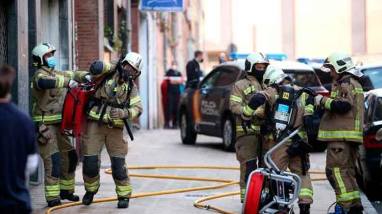 Tres bomberos de Oviedo dan positivo por covid