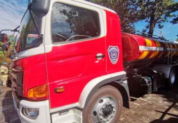 Cuerpo de Bomberos de Los Ángeles adquiere nuevo camión aljibe