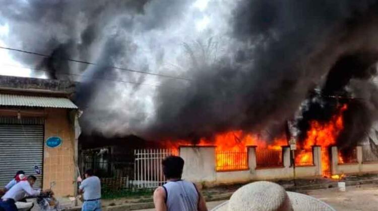 La Paz: Se registró incendio en el hospital San Buenaventura