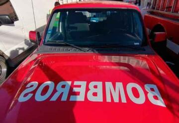 Bomberos del Simub reciben camioneta utilitaria