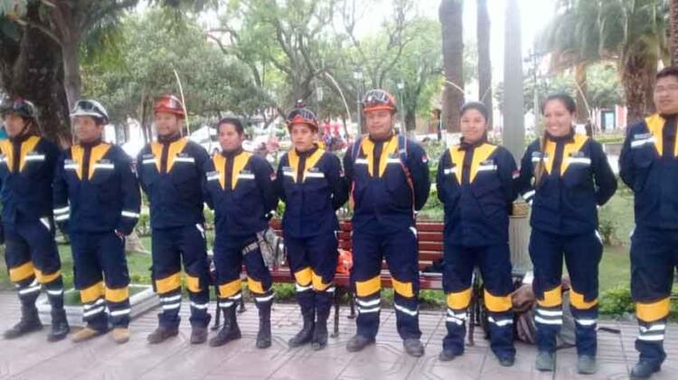 Bomberos de Tarija realizan rifa para la compra de una patrulla