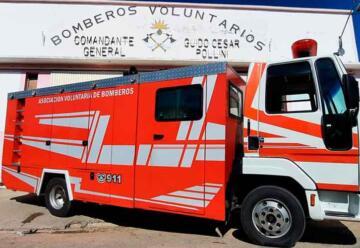 Bomberos Voluntarios de Santa Rosa con nuevo autobomba