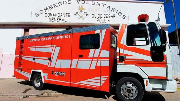 Bomberos Voluntarios Santa Rosa con nuevo autobomba