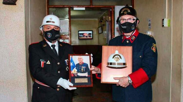 Bomberos de Temuco realizó su ceremonia de cambio de mando