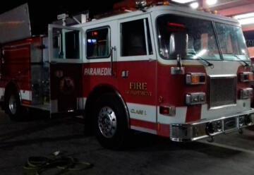 Donan vehículos de emergencia a Bomberos Mazatlán