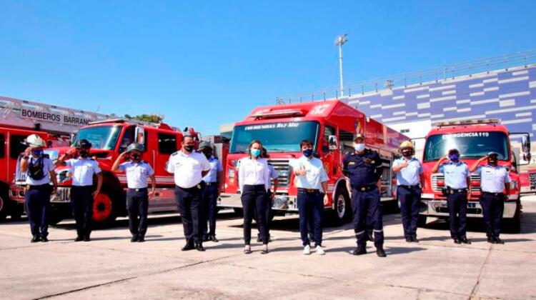 Bomberos de Barranquilla reciben equipos de protección personal