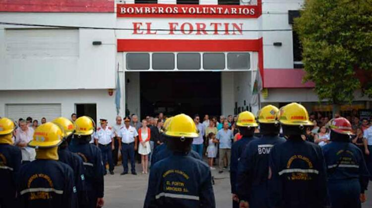 Refacciones para que Bomberos pueda recibir voluntarias