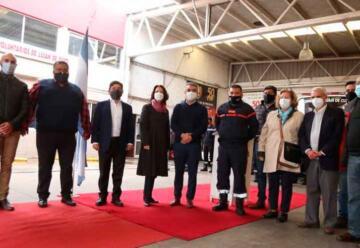Bomberos de Luján de Cuyo recibieron a la Embajadora de Francia