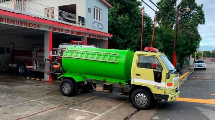 El Cuerpo de Bomberos de Esperanza con un nuevo tanque