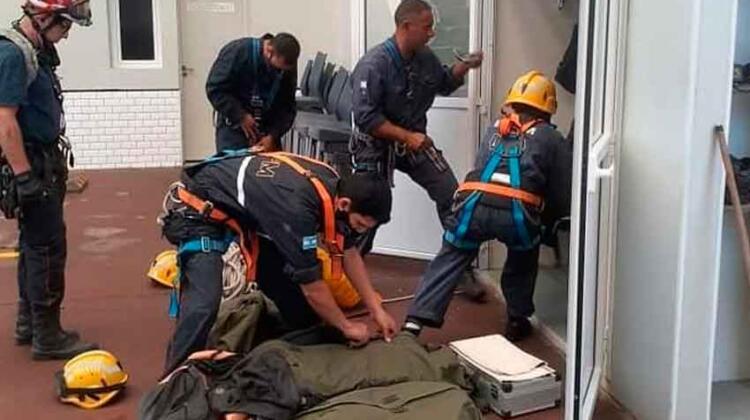 Nuevos integrantes de la brigada de rescate con cuerdas