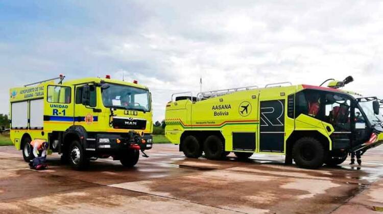 Equipa el aeropuerto de Yacuiba con dos modernos carros bomberos