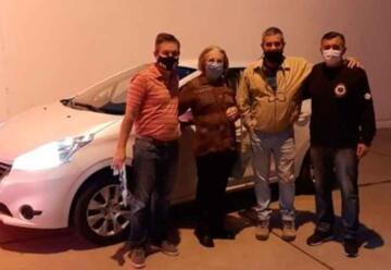 Donaron un automóvil a los Bomberos de Laboulaye