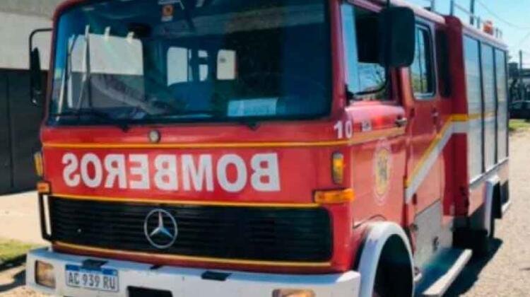 El municipio realizó un aporte para sumar una nueva unidad a bomberos