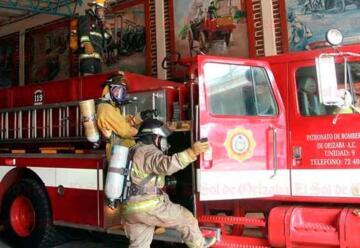 Vehículos donados a bomberos terminan desvalijados