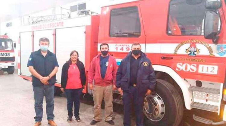 Bomberos de Dudignac recibieron a autoridades de la Federación