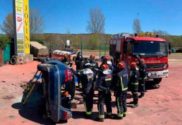 Los bomberos actualizan las técnicas de excarcelación