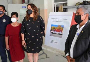 Entregan nueva ambulancia a Bomberos de Delicias