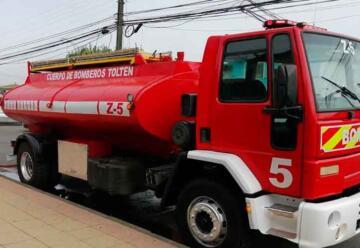 Cuerpo de Bomberos de Toltén con nuevo cisterna