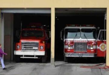 Gestionan ambulancia y equipo para bomberos
