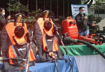 Nueva entrega de motobombas portátiles y equipos Vallfirest a Bomberos del Valle de Cauca
